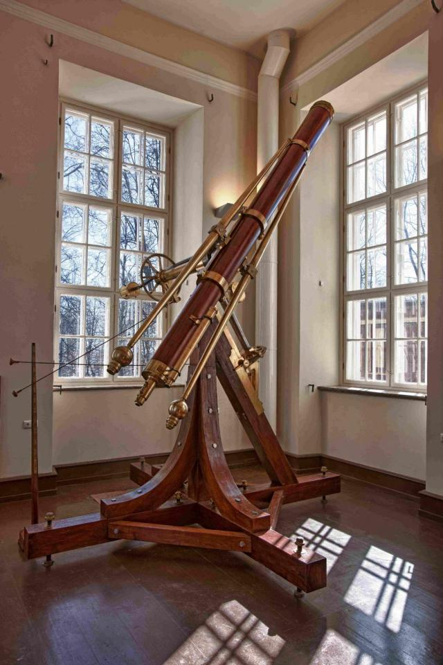 The great archetypal Fraunhofer refractor, 1824.  Struve used it to measure the parallax of Vega