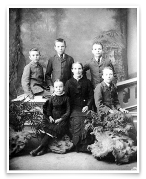 Martha Rutherford with Eva and (left to right) Charles, Ernest, Jim, and Herbert, 1885. Ernest was 14. Credit: Tyree, Rutherford family.