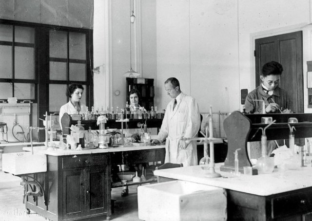 Sonia Cotelle (left) and Marguerite Perey (second from left) at the Curie laboratory in 1930. Each died from radiation exposure. Credit Musée Curie/ACJC Collection