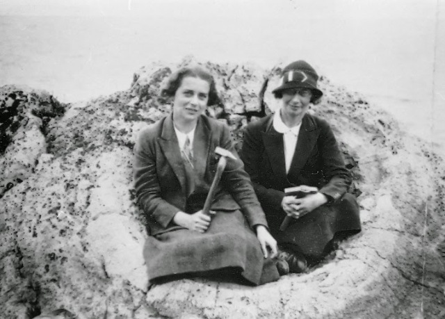 Dr Emily Dix of the University of Wales and her assistant Miss Elsie White.  Pioneering women geologists: a rarity of their time.