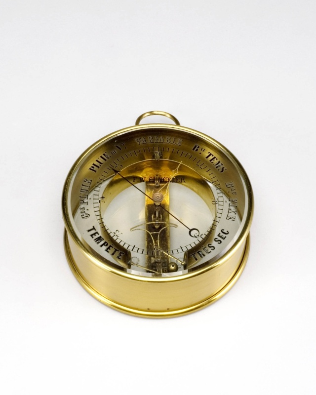 Barometer, Bourdon type or aneroid + case, F.W. Funckler Source: Teylers Museum