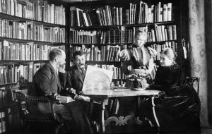 Aby Warburg (second from left) was the spirit behind the iconographic studies that dominated much of twentieth-century art history. CREDIT COURTESY THE WARBURG INSTITUTE