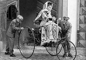 Bertha Benz and the 'Patent Motorwagen'