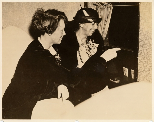 Amelia Earhart and Eleanor Roosevelt flying from Washington, DC to Baltimore in 1933