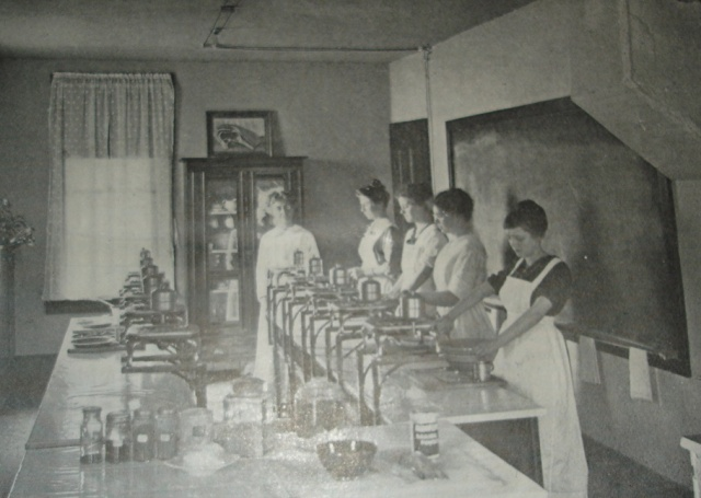 Piedmont College home economics lab circa 1909