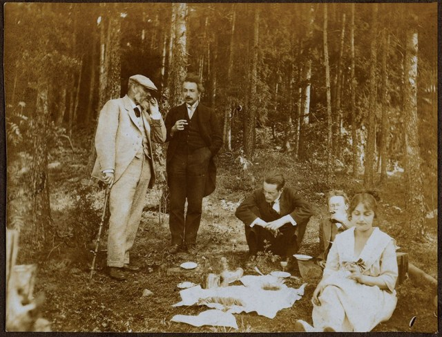 Here he is having a picnic in the woods near Oslo, 1920. Albert Einstein Archives / Princeton University Press