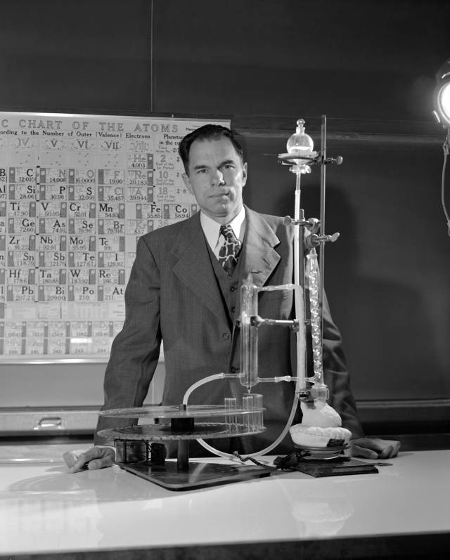 Seaborg in his lab Source: Wikimedia Commons