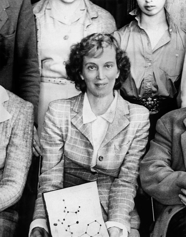 Dorothy Hodgkin was awarded the Nobel Prize for chemistry in 1964 for her studies using X-ray crystallography, with which she worked out the atomic structure of penicillin, vitamin B-12 and insulin. Image credit: Science Museum / SSPL