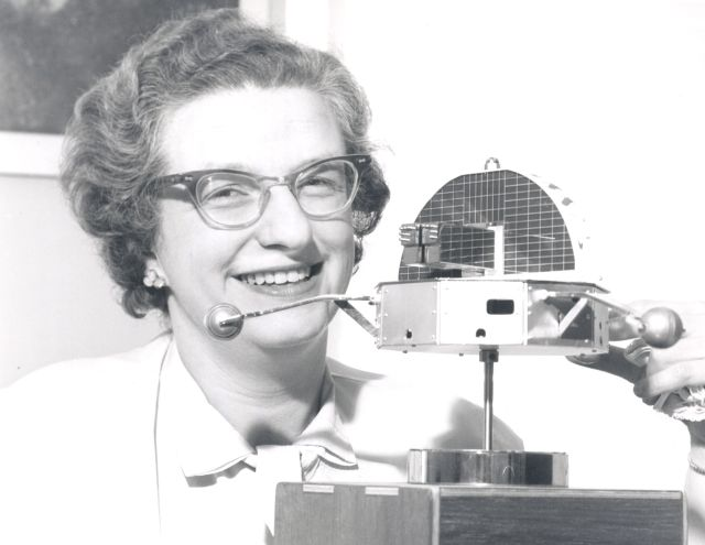 Nancy Roman with a model of the Orbiting Solar Observatory Source: Wikimedia Commons