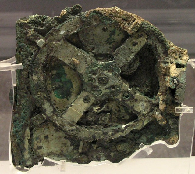 The Antikythera mechanism (Fragment A – front) Source: Wikimedia Commons