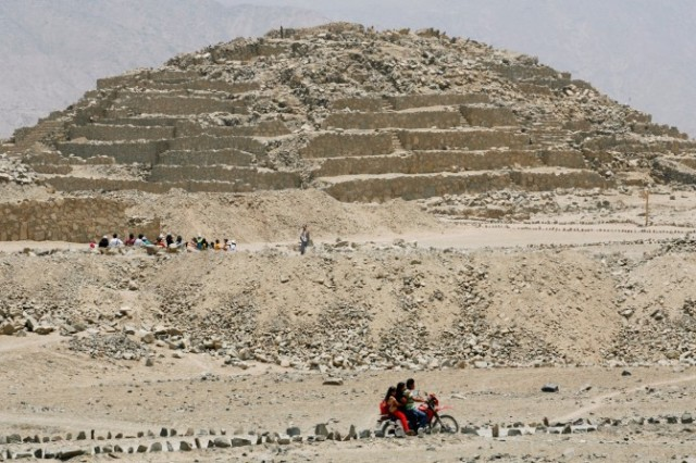 Some archaeologists think that the extreme weather of El Niño events around 5,800 years ago may have spurred some ancient Peruvians to reorganize their societies, work together, and build the earliest civilization in the New World at Caral. Photo by Enrique Castro-Mendivil/Reuters/Corbis