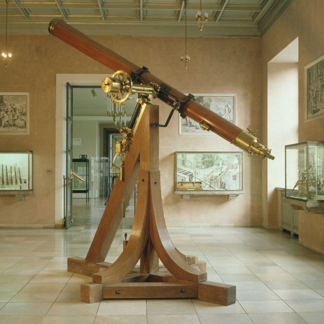 170 yrs ago Neptune was discovered by J. G. Galle using Fraunhofer's refracting telescope - one of the masterpieces in the Deutsches Museum.