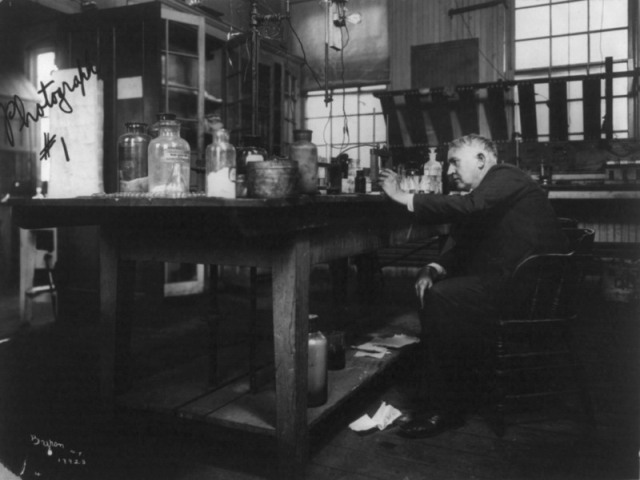 Thomas Edison seated in his laboratory, c. 1904. (Photo: Library of Congress/LC-USZ62-55339)