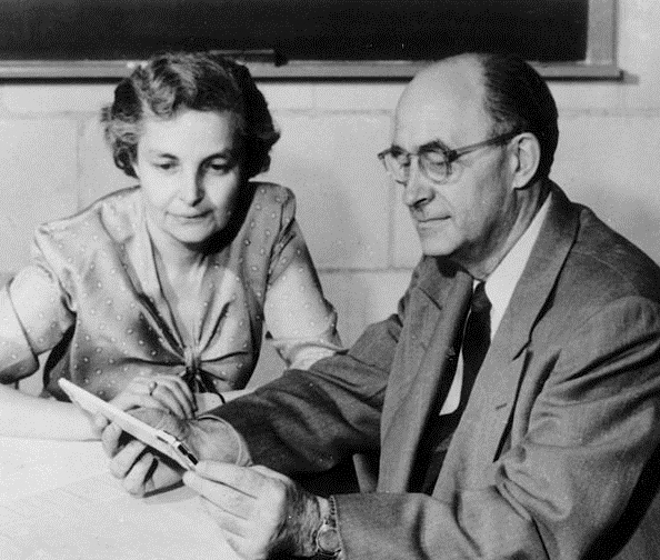 Laura and Enrico Fermi at the Institute for Nuclear Studies, Los Alamos, 1954