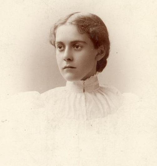 Alice Hamilton at the age of 24, the year she graduated from medical school. Courtesy Michigan Historical Collections, Bentley Historical Library, University of Michigan.