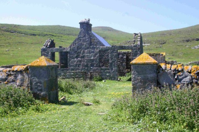 Mingulay. Pic: WikiCommons/Paul Store Read more at: http://www.scotsman.com/news/how-hebridean-island-of-mingulay-was-wiped-out-by-plague-1-4331737