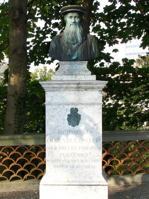 Conrad Gessner memorial at the Old Botanical Garden, Zürich Source: Wikimedia Commons